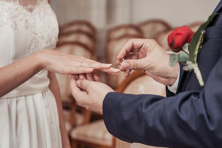 婚活目的の人におすすめの出会い系サイト4選